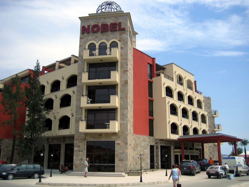 Hotel Nobel  Glass Co. Oriental Garden Hotel. First Amaranten Hotel. Gap Hotel. Fatima Hotel. Baycrest Lodge Hotel. Novotel Strasbourg Centre Halles Hotel. Hotel Castell D'Emporda. Ringhotel Fahrhaus Farge